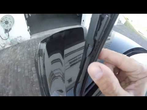 BMW 320  F30 F31 Wipers Blades Replacement