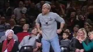 Shawn Michaels surprises the NBA fans at San Anton