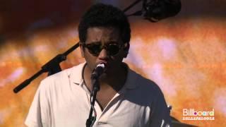 Download Toro Y Moi LIVE @ Lollapalooza 2012 Video