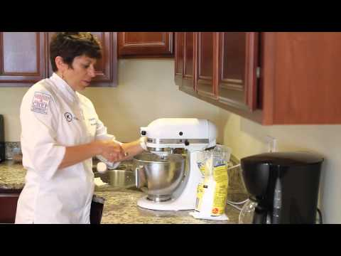 How to Make Whipped Cream for a Lasting Frosting & Decorating