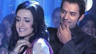 Arnav & Khushi's ROMANTIC DANCE TOGETHER in Iss Pyaar Ko Kya Naam Doon 1st May 2012
