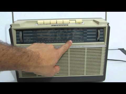 RADIO 4 FAIXAS PHILIPS PASSPORT ANO 1963