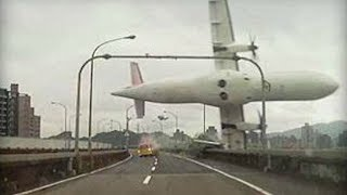 Download Top 5 Real Aviation Disasters Caught on - TomoNews Video