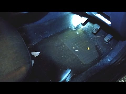 How to Easily Dry a Wet Renault Clio MKII Carpet After Flooding