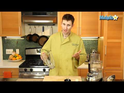 The Difference between a Food Processor and a Blender