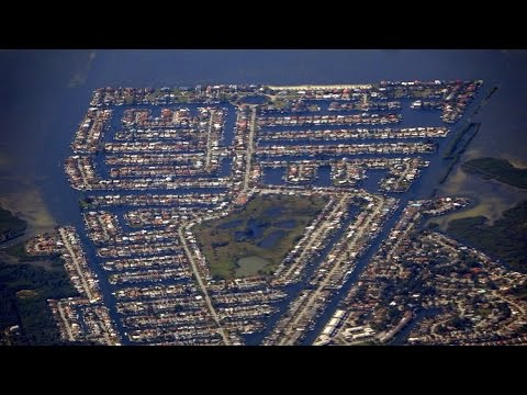 Tampa to Washington DC (IAD) flight: Takeoff 19R over Tampa Bay & southbound landing 2015-01-25