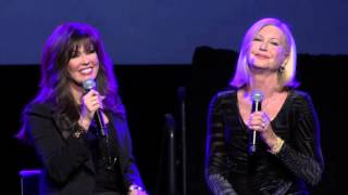 Marie Osmond Performs With Olivia Newton John