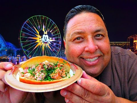 Disneyland's® Harbour Galley Lobster Roll Review!