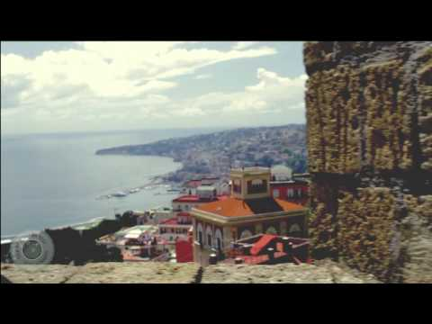 NapolinVespa Tour - A day trip to panoramic Naples