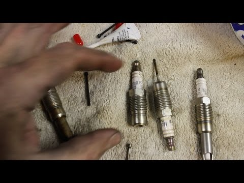 How to Remove a Broken Spark Plug in a Ford Triton
