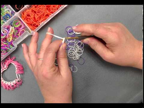 Create a Stretch Band Bracelet With Loopy Fringe