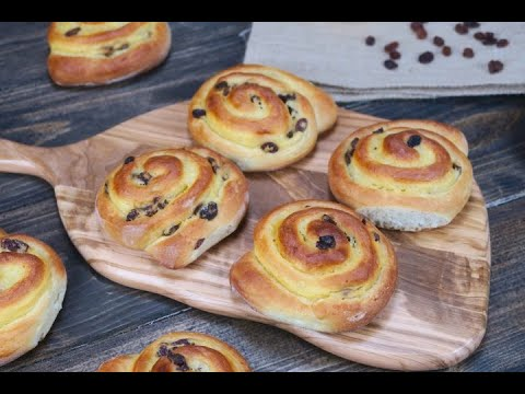 Raisin rolls: here is how to make them soft and tasty!