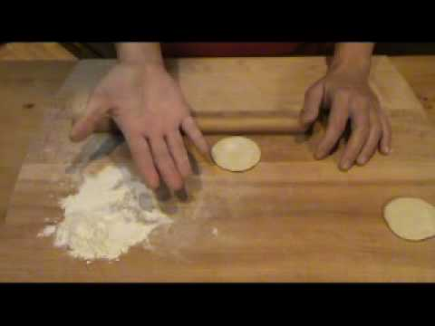 How to roll out Asian dumpling wrappers - version 2