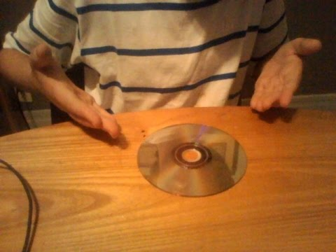 2 Easy Ways To Clean You're Dirty Discs (Dvd/Game/Cd) SAVE MONEY