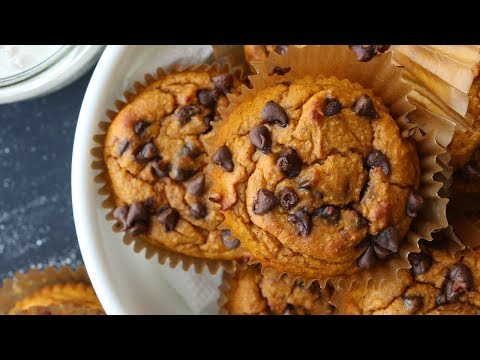 Chocolate Chip Pumpkin Muffin Recipe | Easy Healthy Breakfast Ideas For Weight Loss