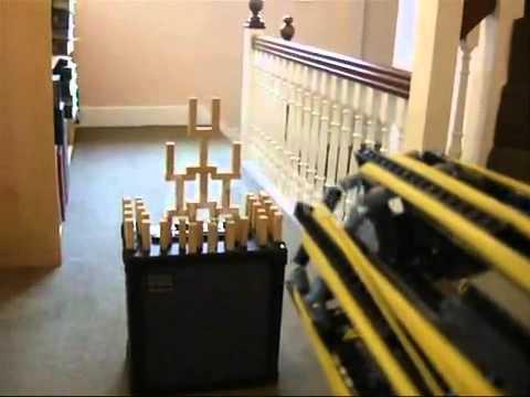Lego Minigun - Pro ::::: Đ.Quang NTT 8a2 2012