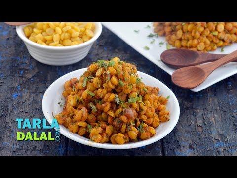 चना दाल सब्जी रेसिपी - Dry Chana Dal Recipe by Tarla Dalal