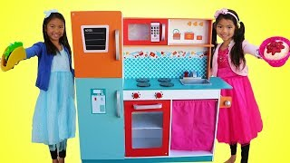 Wendy \u0026 Emma Pretend Play w/ Giant Kitchen Cooking Toy Compilation