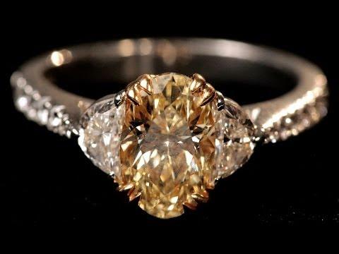 Gold Setting vs. Platinum Setting | Diamond Rings