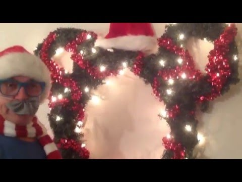 How to make a Mickey Mouse, Christmas Wreath, with lights