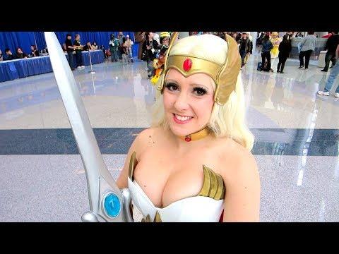 Raychul Moore She-Ra Cosplay at WonderCon 2018