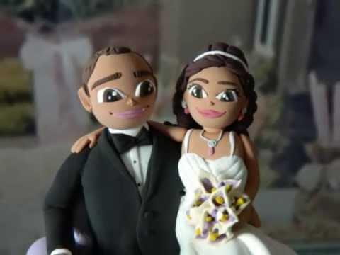 Wedding CAKE TOPPER - Custom Bride & Groom sitting on chair - Cute Delight