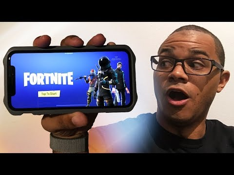 FORTNITE ON IPHONE GAMEPLAY! - FIRST TIME PLAYING THIS INSANE GAME!