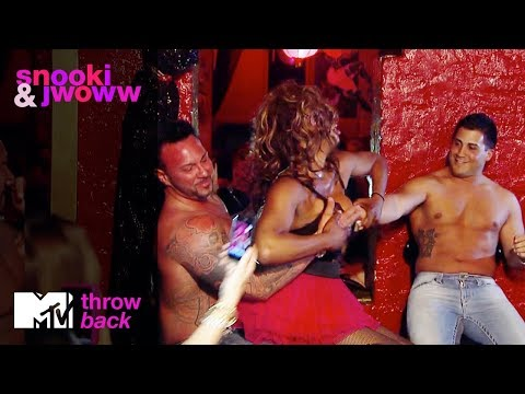'Jionni & Roger Get Lapdances from Drag Queens' Official Throwback Clip  | Snooki & Jwoww | MTV