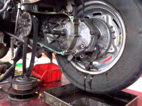 How to change Gear Box Oil - Honda Activa