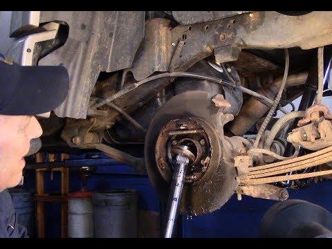 Ford Explorer 2002-2005 Rear Wheel Bearing Seal Replacement