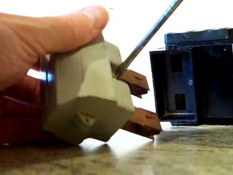 Electrical : House service fuse, Henley Series 7 fuse holder.