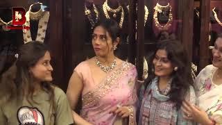 Veteran Actress Sridevi Shopping for Jewellery At Mumbai