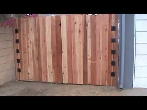 Heavy Duty Wood Driveway Gate, Los Angeles 91607, built by WoodFenceExpert com
