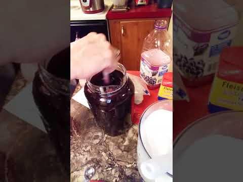 Making Homemade Wine 🖒🖒👍👍👌👌👄💋