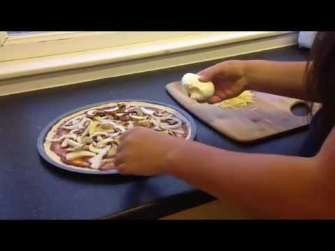 Thin & Crispy Pizza Recipe - Student Friendly Food