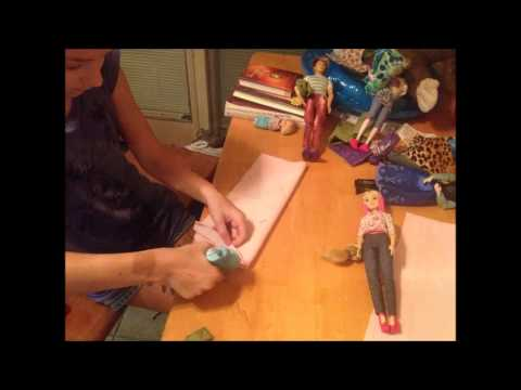 How to make a no-sew doll sleeping bag