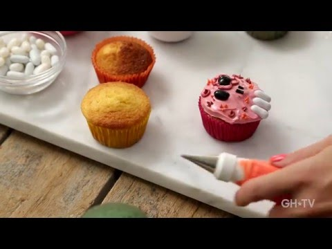 Halloween Cupcakes 101, Beginner's Cake Decorating Class!