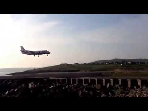Aberdeen flight landing on Shetland