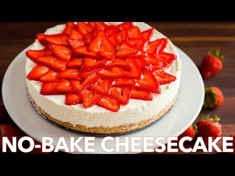 No-Bake Cheesecake Recipe with Strawberry Topping