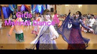 BEST GIRLS MEHNDI DANCE | BOLLYWOOD | BHANGRA | SILMAN SALEEM