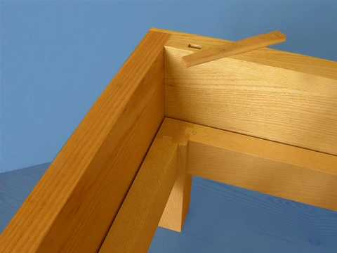 timber joint for a bedframe