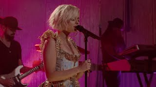 Bebe Rexha - Shining Star (Live from Honda Stage at the iHeartRadio Theater NY)