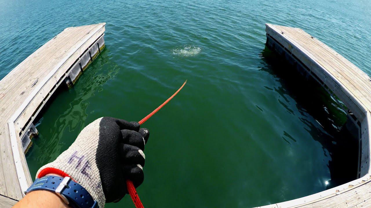 I Dropped XL Magnet Into Deep Lake (Magnet Fishing Austin, TX)