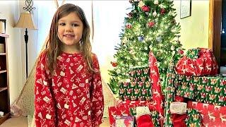 KIDS OPENING PRESENTS ON CHRISTMAS MORNING! | December 25, 2016 | Alyssa All Day