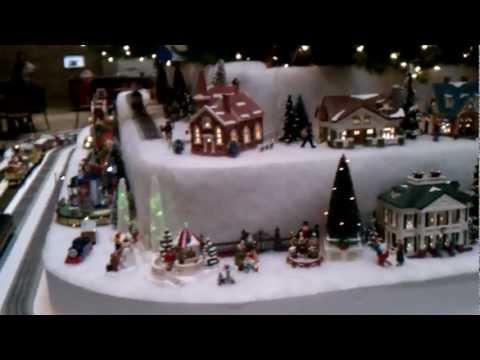 Amazing Snow Village / Christmas Tree