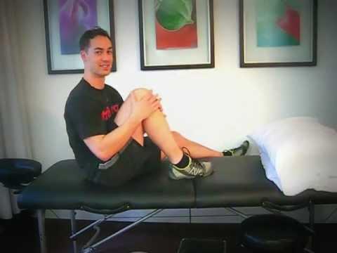 Stiff knees: Simple self mobilisation solution