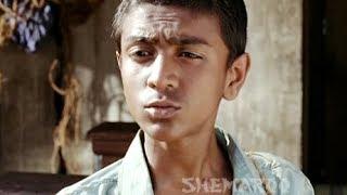 Arshad Warsi Inquires about Red Light Area - Ishqiya - Hindi Comedy Scene