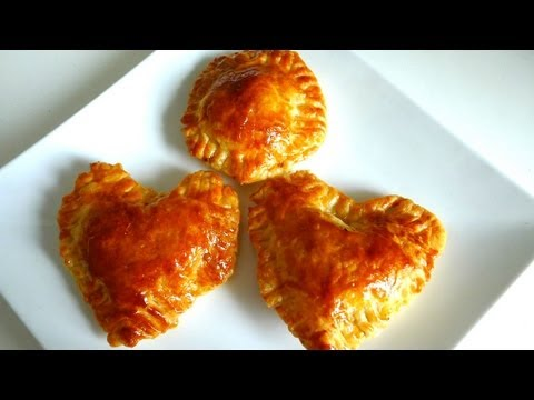 How to make Paté Chaud (Vietnamese hot pie) - Banh Pateso