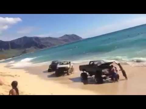 !DESTROYED! OCEAN CLAIMS TOYOTA 4X4 PICKUPS!!