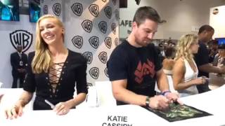 Arrow SDCC signing